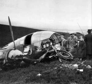 Heinkel chased over Forth and brought down at Humbie (1)